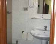 Bagno in camera - Hotel Touring - Messina