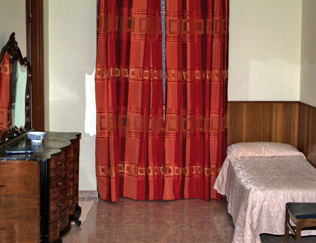 camera particolare mobile hotel touring messina