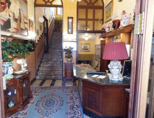 hall hotel touring messina